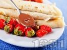 Рецепта Палачинки с течен шоколад и ягоди